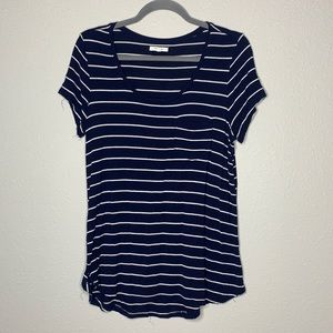 Maurices navy striped tshirt